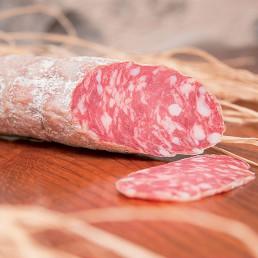 salame stagionato (cured salami) di cantina de