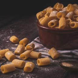 mezze maniche all'uovo pasta fresca corta italia dei sapori